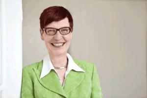 Irene Dietrich mediale Astrologin